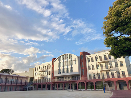 学院 大学 聖